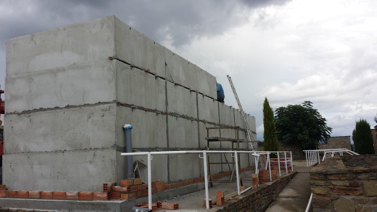Construcció Blocs de 48 Ninxols Cementiri Municipal Tremp